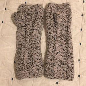 NWOT Eileen Fisher Gloves